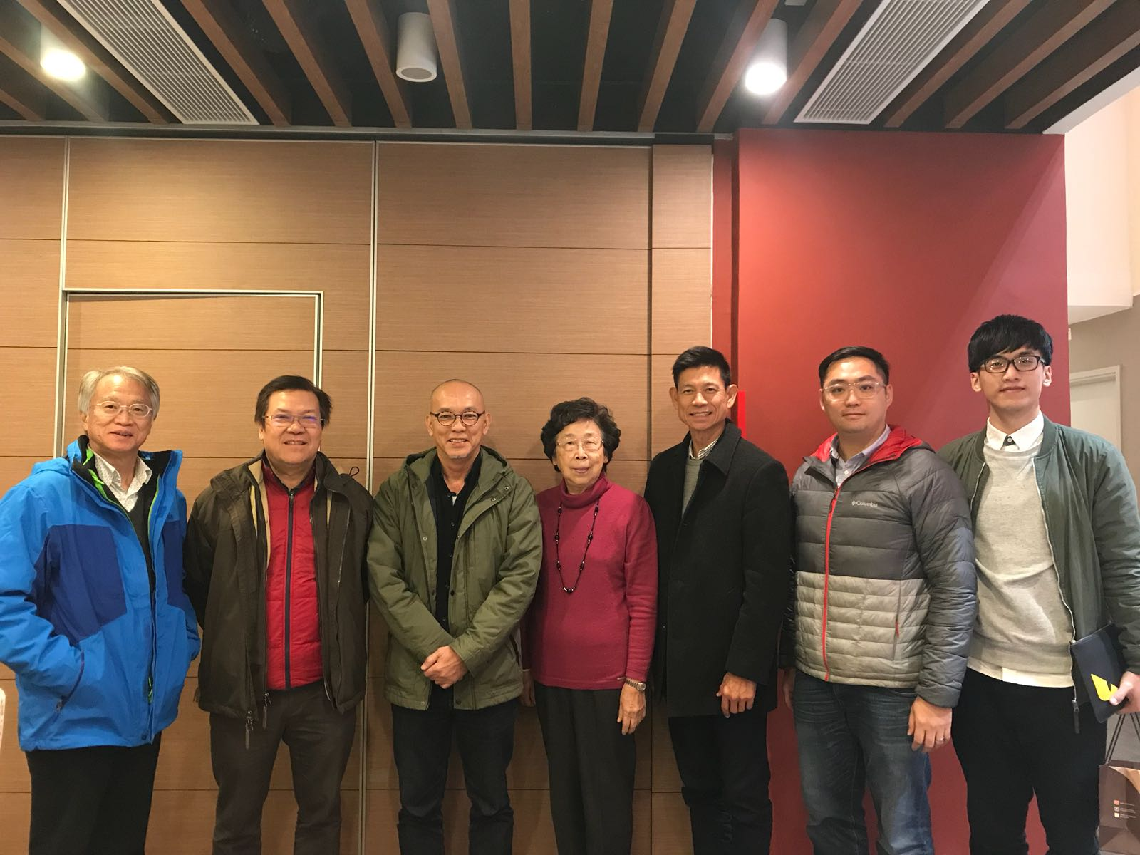 Meeting with Singapore and Macau Representatives